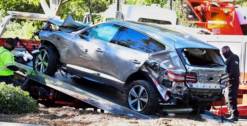 Golfista sofreu sério acidente com seu carro próximo de Los Angeles