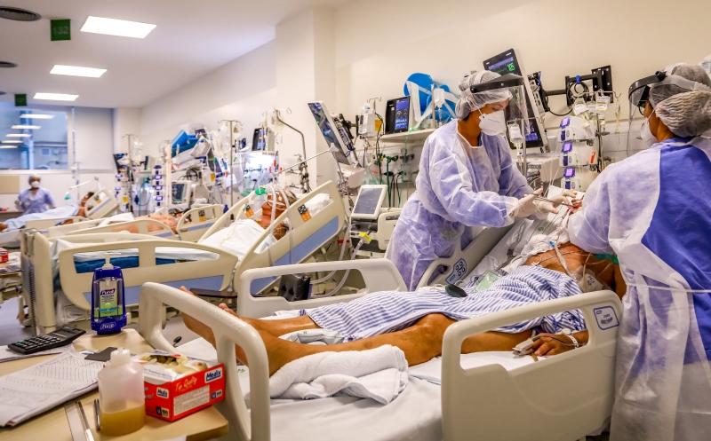 Remédios do kit intubação são utilizados para manter a sedação de pacientes das UTIs