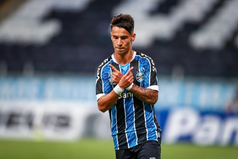 Ferreirinha teve ótima movimentação, marcou um belo gol, mas acabou expulso na vitória gremista
