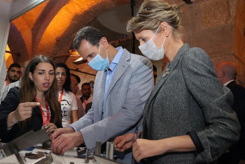 Comunicado afirma que Bashar e Asma apresentam sintomas leves do novo coronavírus