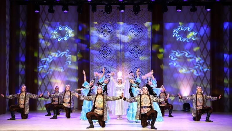 Apresentação de grupo do Cazaquistão foi transmitida no formato digital