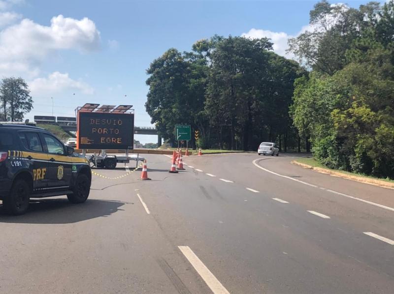 Trânsito será permitido apenas para veículos leves no sentido Porto Alegre