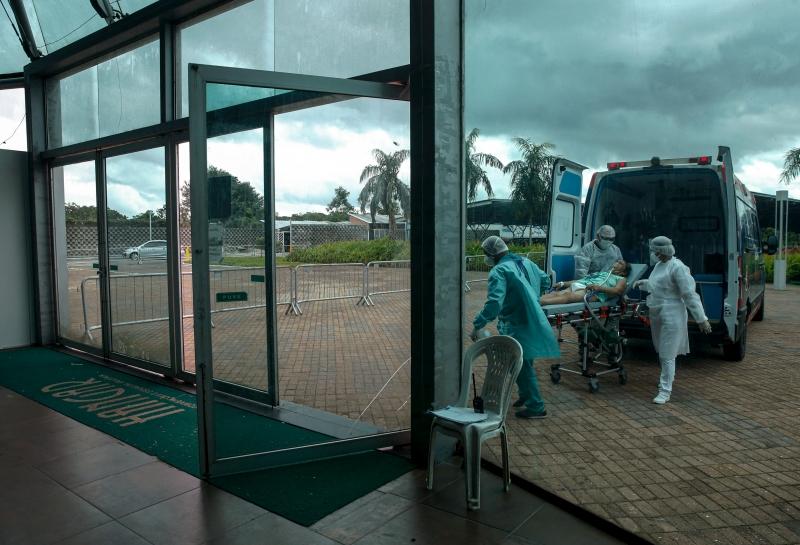 O reforço de profissionais com diploma estrangeiro seria uma alternativa para o sistema de saúde do Brasil