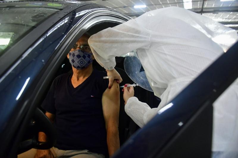 Secretaria Municipal de Saúde diz que organização é feita conforme a chegada dos veículos