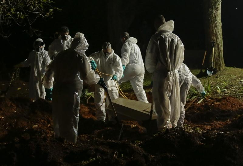 O número de vítimas que não resistiram à pandemia do novo coronavírus subiu para 336.947