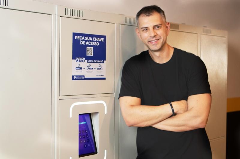 Elton desenvolveu a Airlocker em Porto Alegre em meio à pandemia