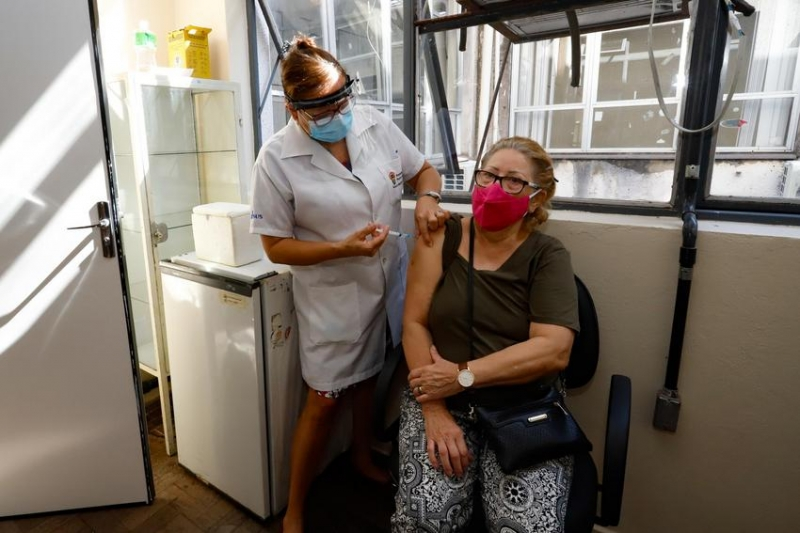Vacinação será realizada de segunda a quarta-feira no Centro de Saúde IAP