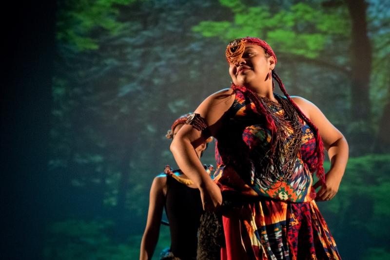 Filha de Iara, Edjana Deodoro é coreógrafa e bailarina do grupo Afro-Sul