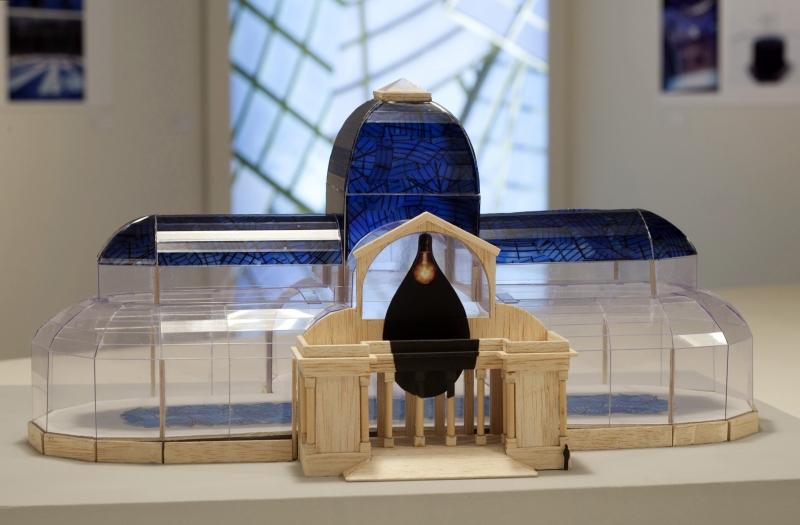 'Lumen', instalação de Regina Silveira, integra mostra do projeto do acervo do Macrs