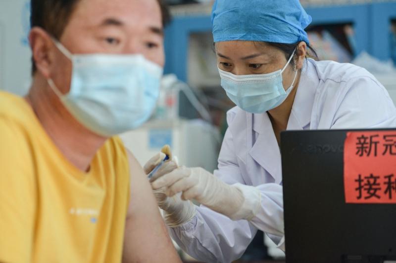 Governo não aprovou nenhuma vacina não chinesa até o momento