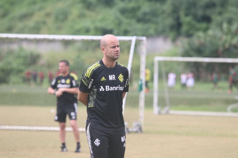 Técnico Miguel Ángel Ramírez segue sendo observado diante dos maus resultados