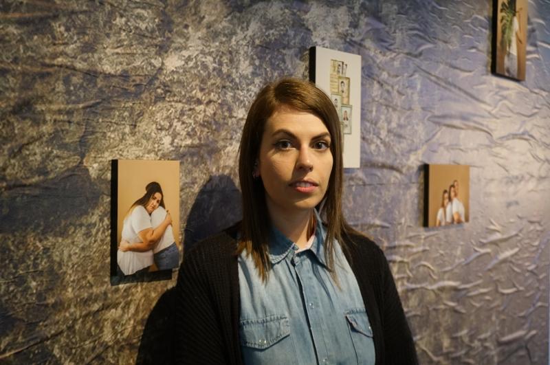 Fotógrafa e artista visual Ursula Jahn tenta ressignificar sobrenome materno