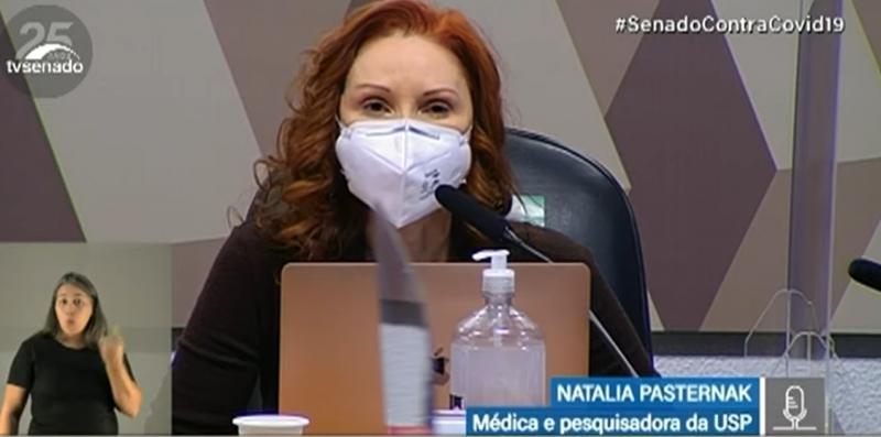 Microbiologista Natalia Pasternak participa da CPI nesta sexta-feira