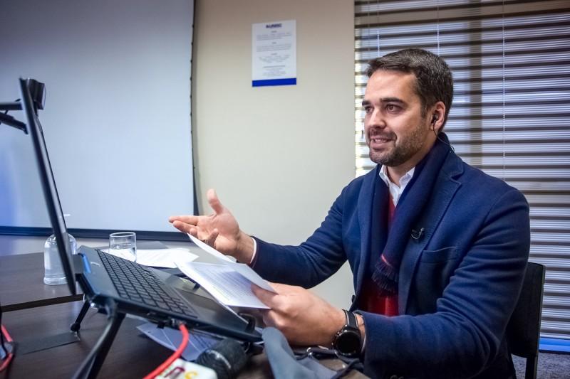 Governador Leite anunciou Passo Fundo, Uruguaiana e outras 6 cidades como vencedoras do prêmio