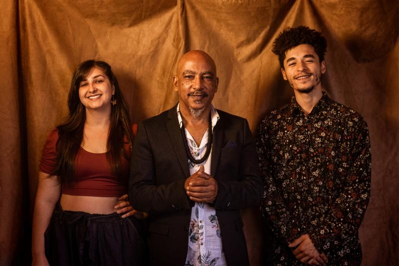 Grupo musical é formado por Tamires Duarte, Gilberto Oliveira e Lucas Fê