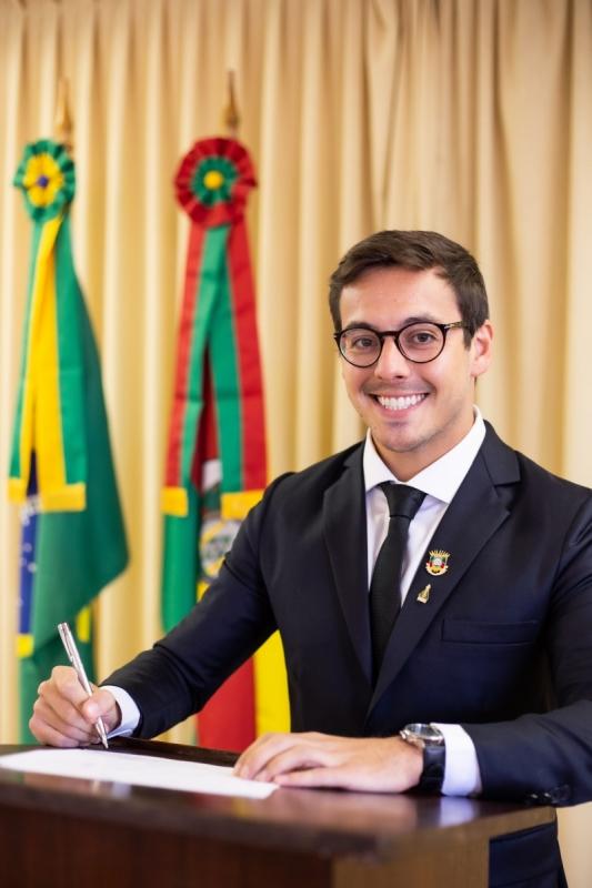 Álvaro Luís Gonçalves Santos - Auditor do Estado da Divisão de Estudos e Orientação da Cage/RS e membro do Sindicato dos Auditores do Estado - Sindicirgs