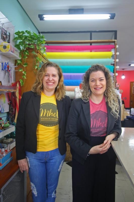Fotos de Maria Helena Silveira de Medeiros e Elvania Santos da Silveira, s
