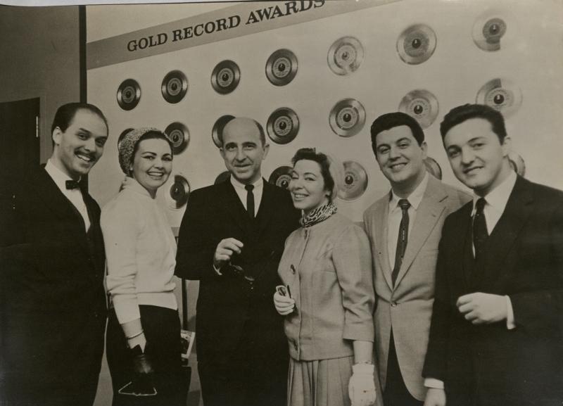 Formado há 73 anos, grupo foi fenômeno do mercado fonográfico no Brasil e exterior, abrindo caminhos