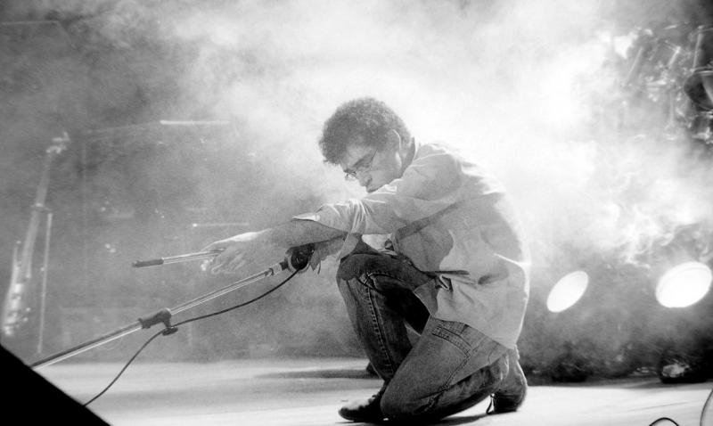 Falecido há 25 anos, Renato Russo marcou época com Legião Urbana e se mantém como figura icônica do rock brasileiro