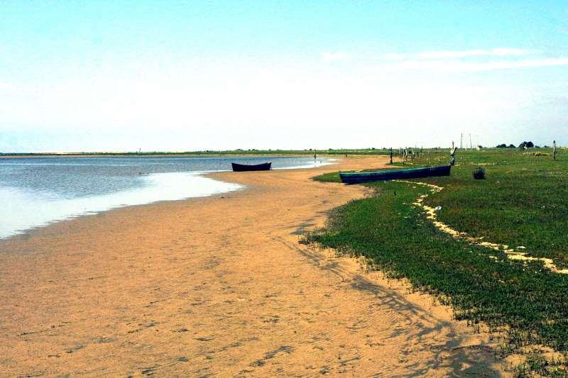 Estado tem a quarta maior costa marítima e o mar de dentro, a Laguna dos Patos
