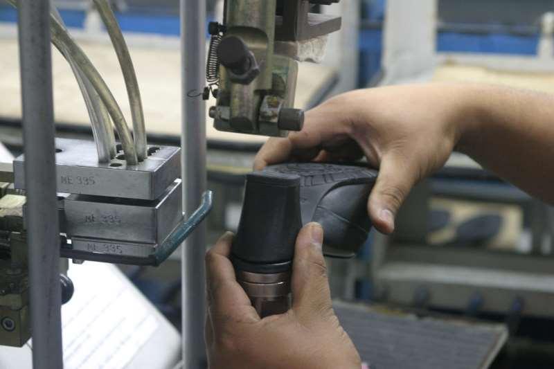 No acumulado do ano, produção de calçados aumentou 3,2% no País