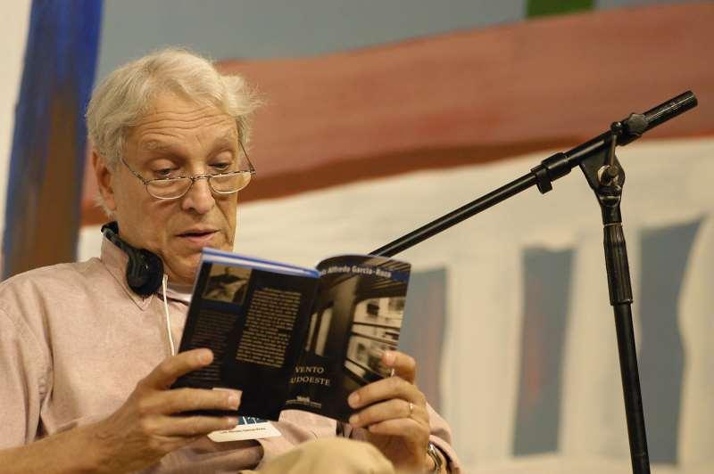 Garcia-Roza, autor de diversos romances policiais, faleceu após sofrer um AVC