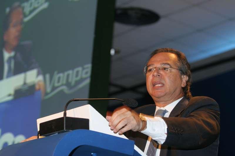 Guedes tem mantido conversas com Bolsonaro, para afinar com ele percepções sobre diferentes aspectos da economia