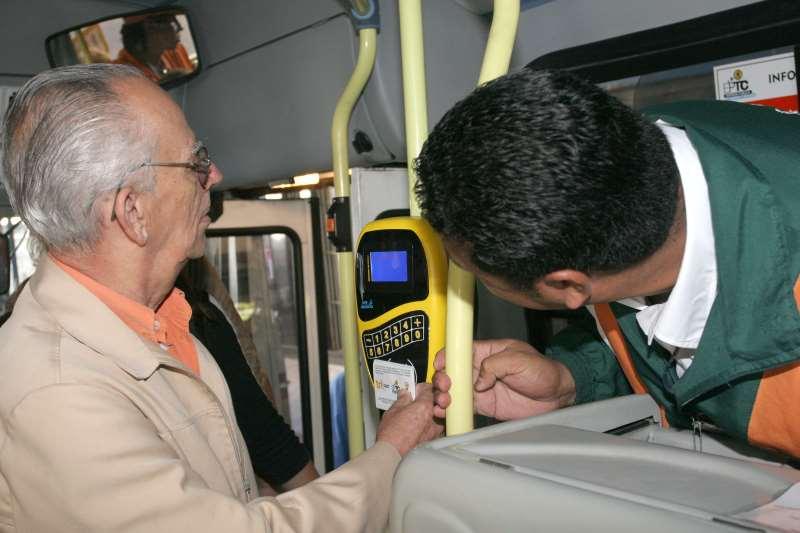 Isenção da passagem de ônibus na Capital será concedida para idosos a partir dos 65 anos