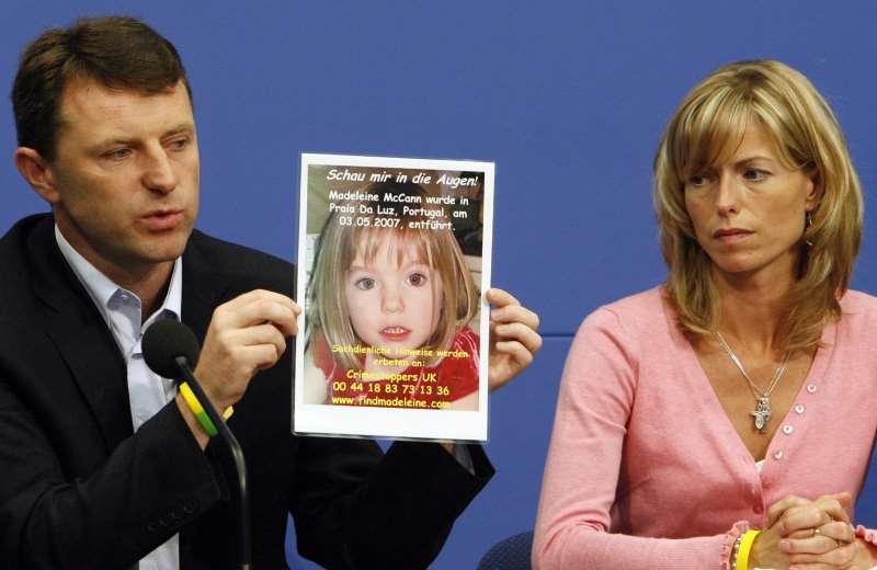Os pais da menina, Kate e Gerry, dizem esperar que ela ainda esteja viva