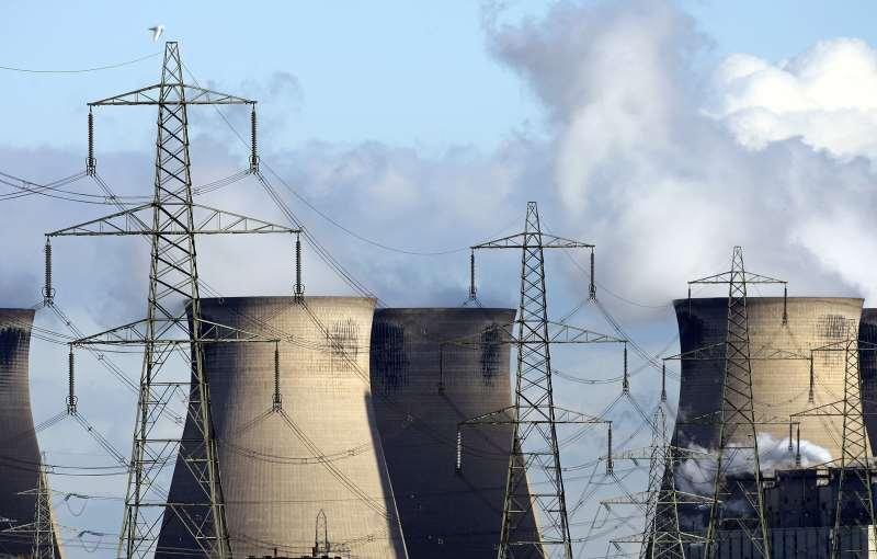 Comissão Europeia informou que revisará toda sua legislação sobre clima e energia, a fim de buscar a meta