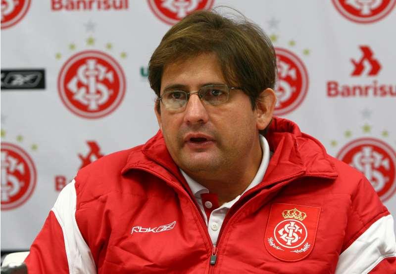 Guto comandou o time na conquista do Campeonato Gaúcho de 2002