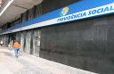 INSS paga mais atrasados em revisão feita no posto