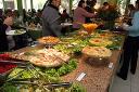 Alimentos recuam e ajudam a conter inflação