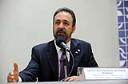 Sérgio Moraes diz que aceitaria assumir Ministério do Trabalho e critica Sarney