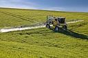 Comissão aprova relatório que muda legislação sobre uso de agrotóxicos