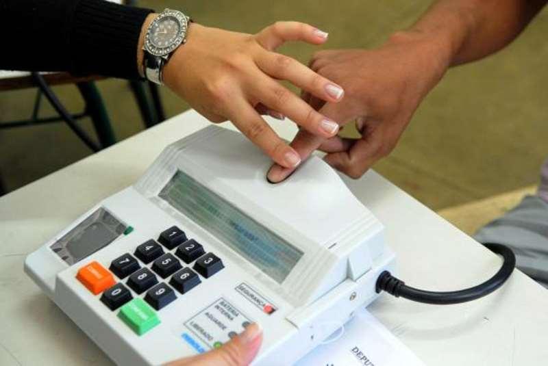 Cuzamento de informações biométricas foi utilizado para identificar fraudes