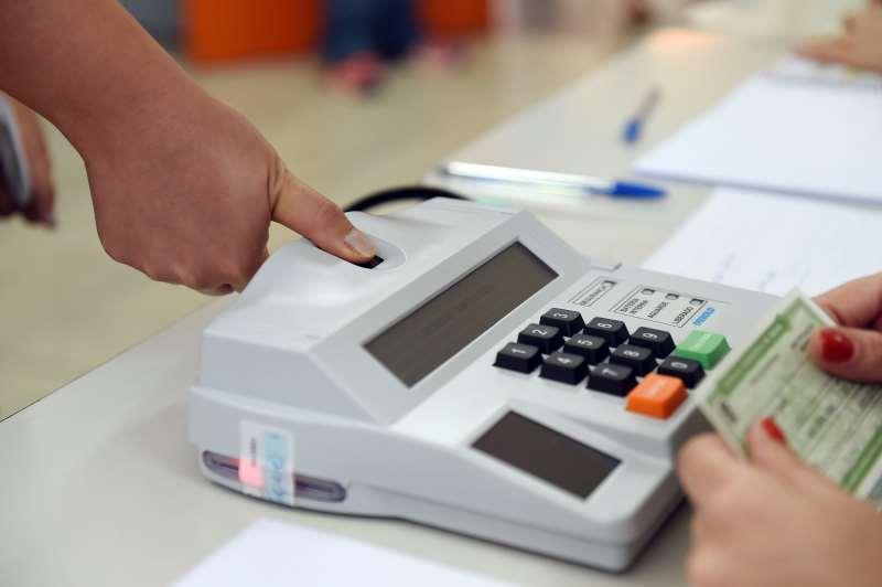 Em 2.793 municípios, sendo 22 capitais, os eleitores vão votar exclusivamente por biometria