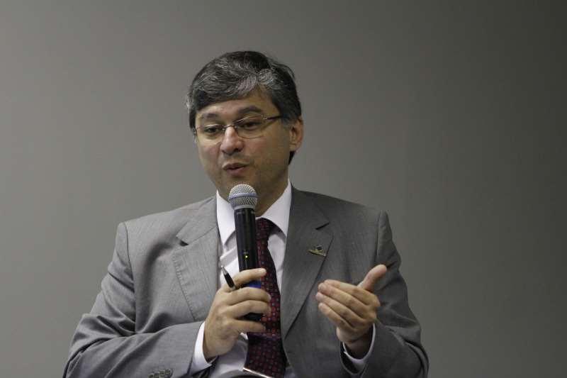 Pereira cita revisão completa  de incentivos fiscais