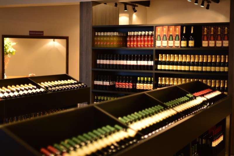 Na reforma tributária, governo do Estado propõe passar alíquota de icms sobre o vinho de 18% para 25%