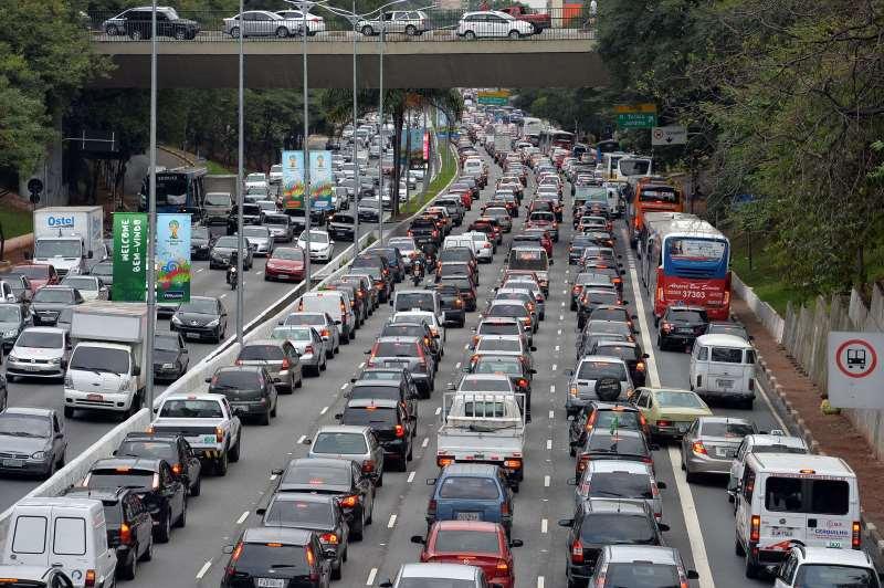Entre 2014 e 2015, redução dos veículos foi de 1,3 ponto percentual