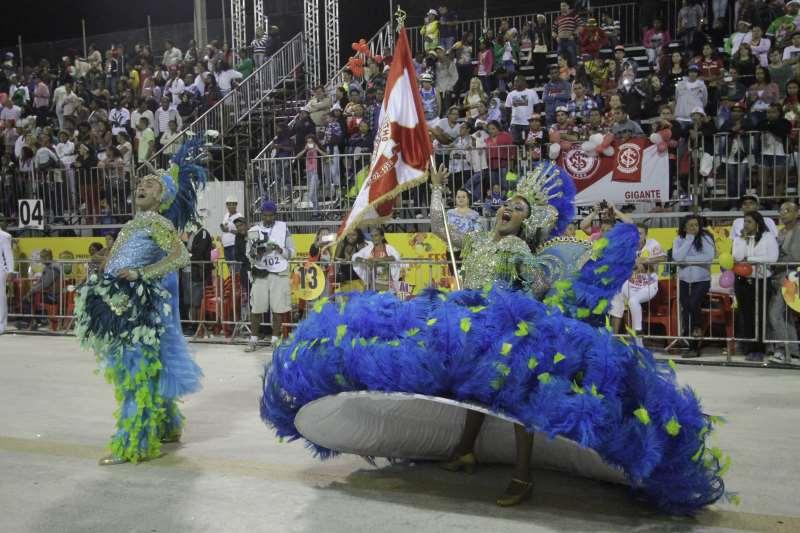 Manifestações populares, como o Carnaval no Porto Seco, perderam fôlego nos últimos anos