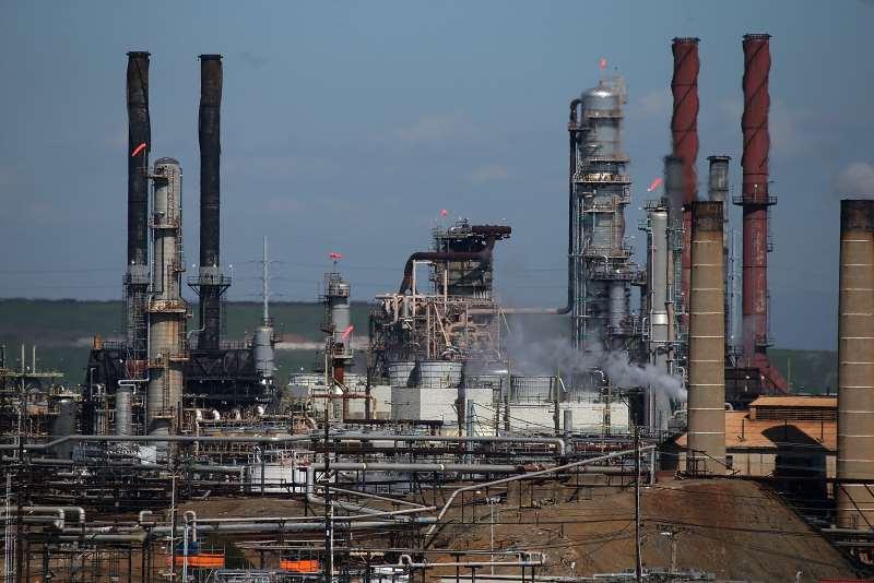 A produção de petróleo e gás natural (boe) no Brasil subiu 0,5% em dezembro do ano passado