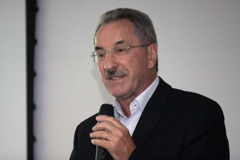 Denardin criticou falta de formação no uso de técnicas