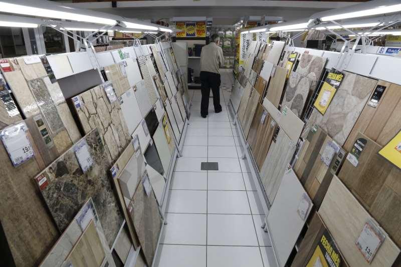 Governo vai oferecer cerca de R$ 5 mil para a compra de material de construção