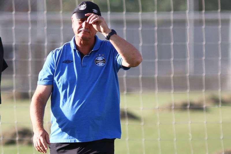 Felipão é o segundo treinador com mais jogos à frente do Grêmio, com 385 partidas função