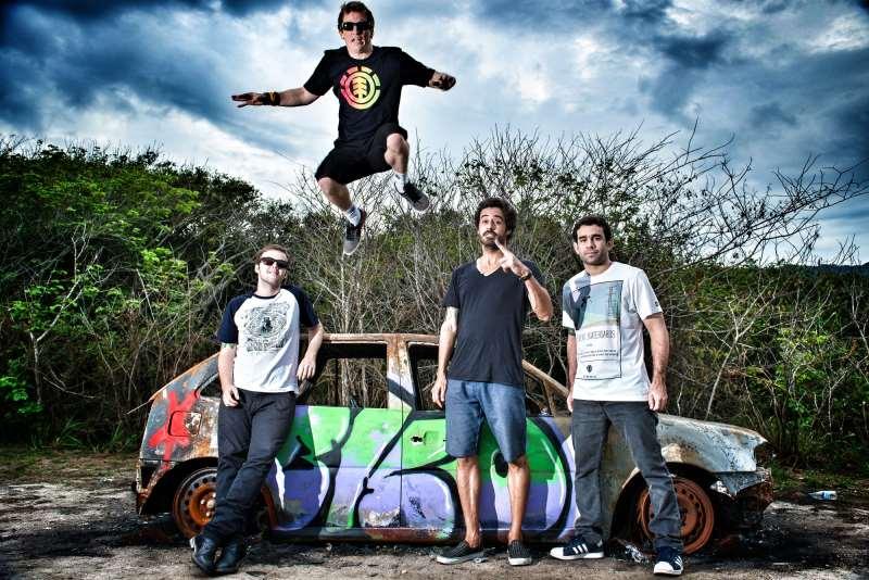 Grupo fluminense traz show da nova turnê a Porto Alegre