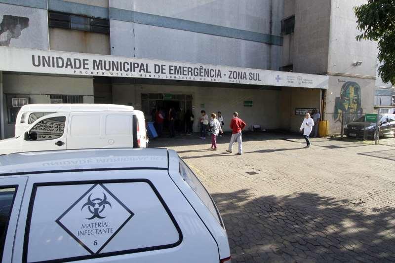 Pacientes foram transferidos para outros hospitais da cidade