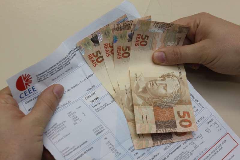Em maio, cobrança a 100 kWh pode passar de R$ 3,00 para R$ 3,50