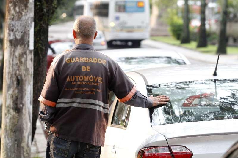 Guardadores se veem desamparados e sem alternativas