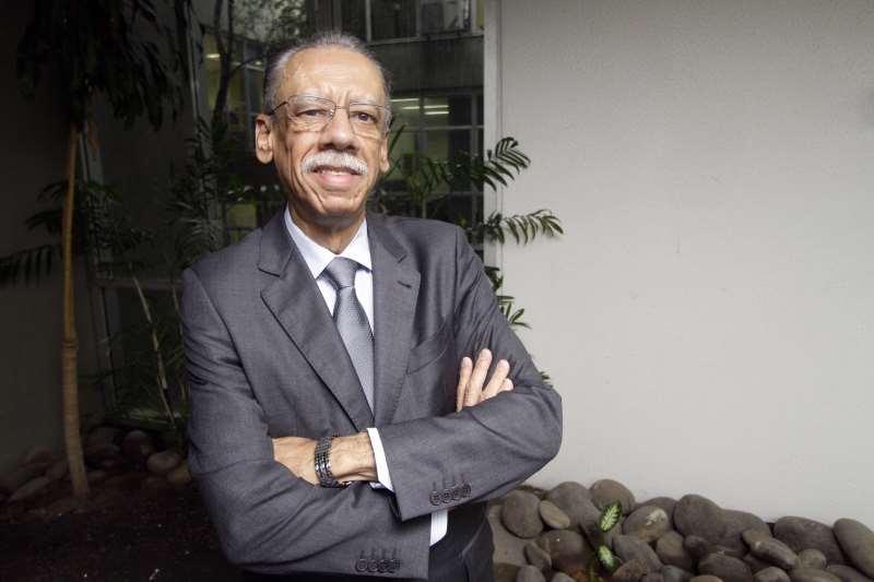 ENTREVISTA COM O PRESIDENTE DO CRCRS, ANTÔNIO CARLOS DE CASTRO PALÁCIOS
